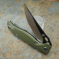 QSP Knife Gavial Messer D2 Stahl G10 Griff oliv Kugellager Clip QS126B